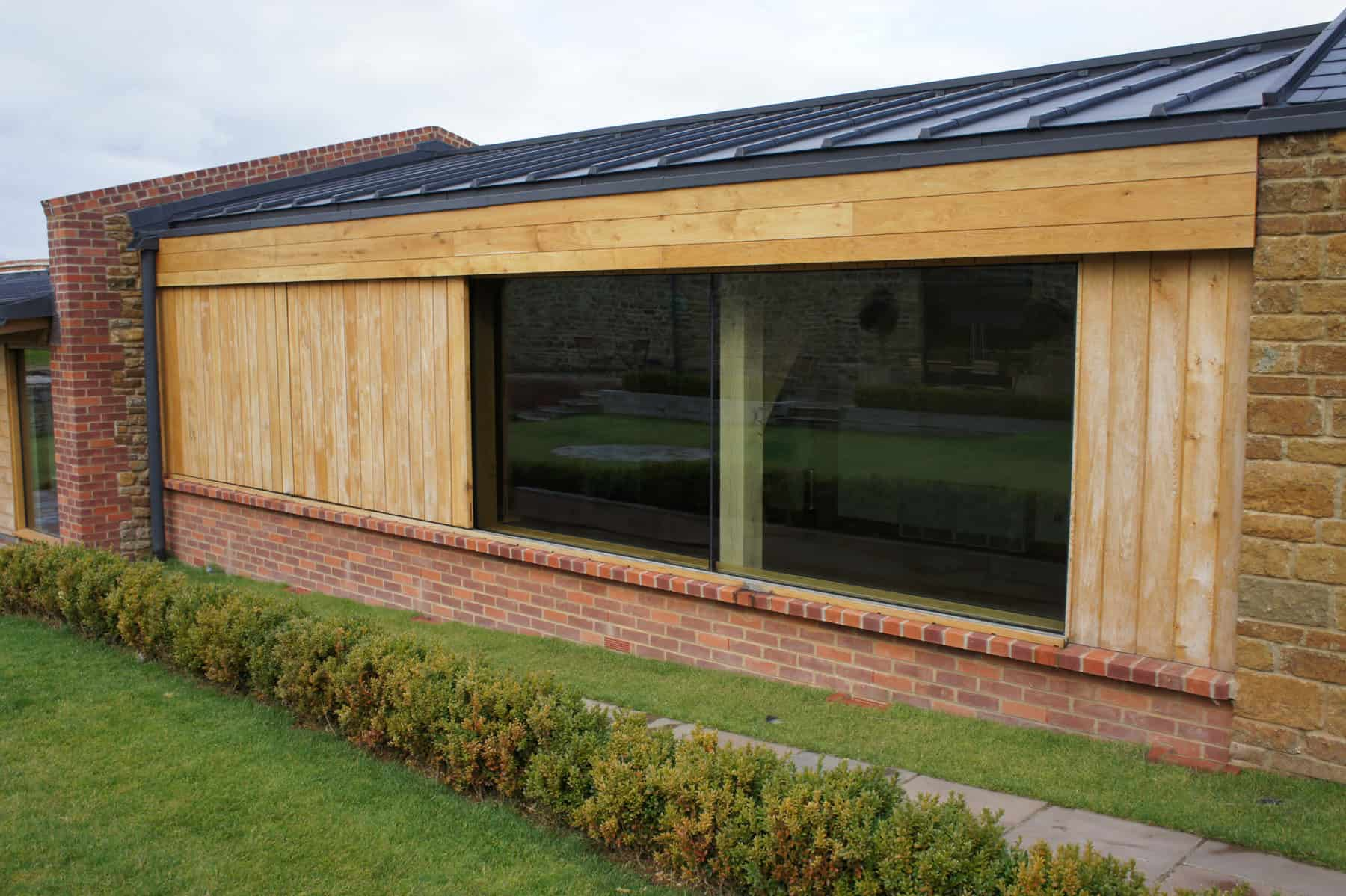 Structural Glass Door : Dodford northamptonshire architectural glass clear living